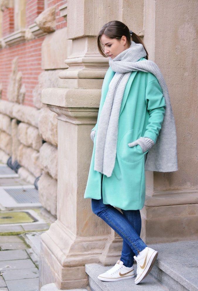 палантин с мятным пальто