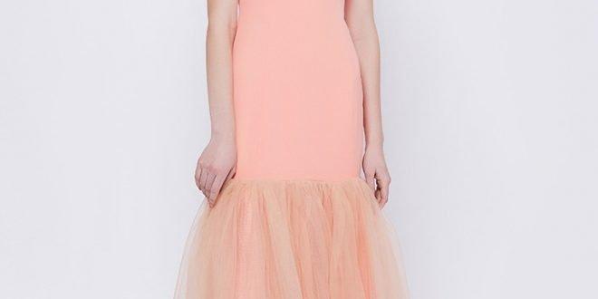 Коралловое платье с чем носить: завораживающие фото-новинки