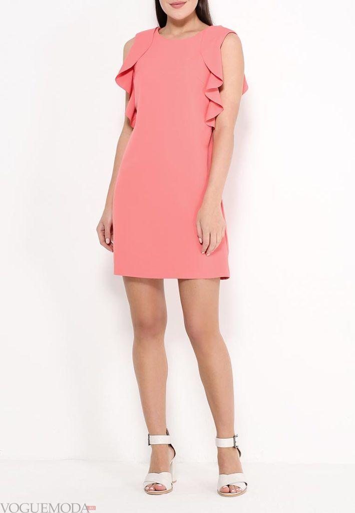 короткое коралловое платье с чем носить с воланами фото