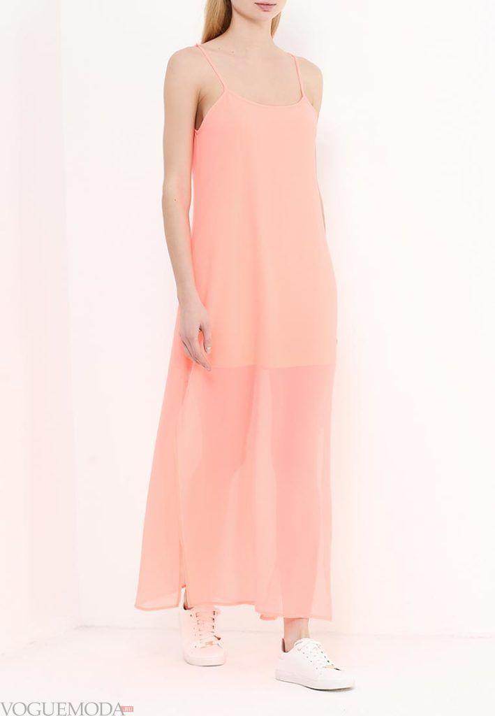 коралловое платье с чем носить в пол на бретелях фото