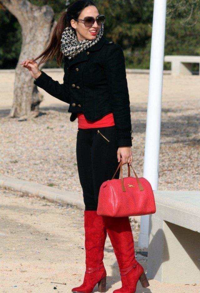прямые жокейские красные сапоги с костюмом