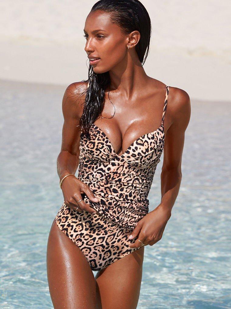 слитный купальник от Victoria's Secret леопард