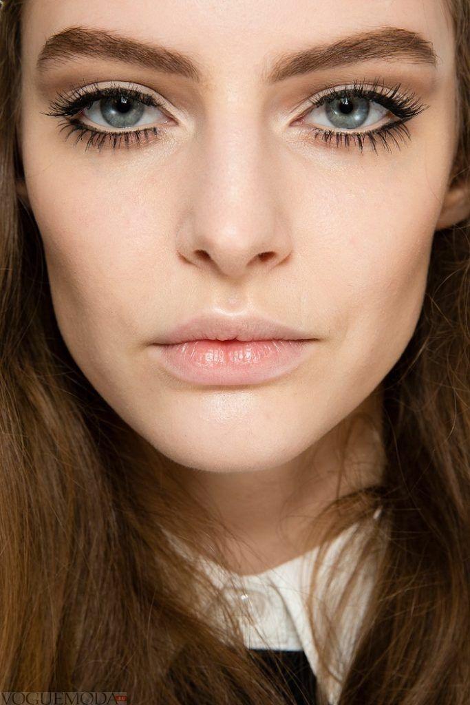 макияж для серо-голубых глаз золотой