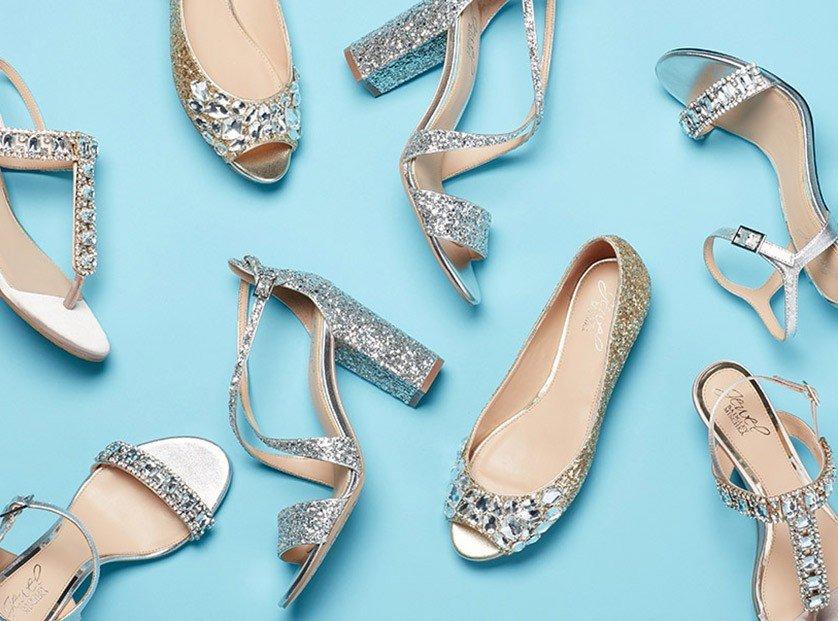 модная серебристая обувь