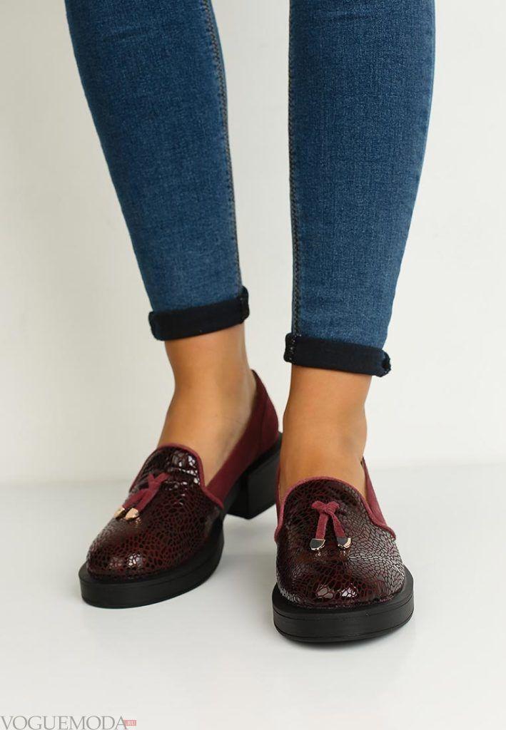женские туфли красные из кожи рептилии