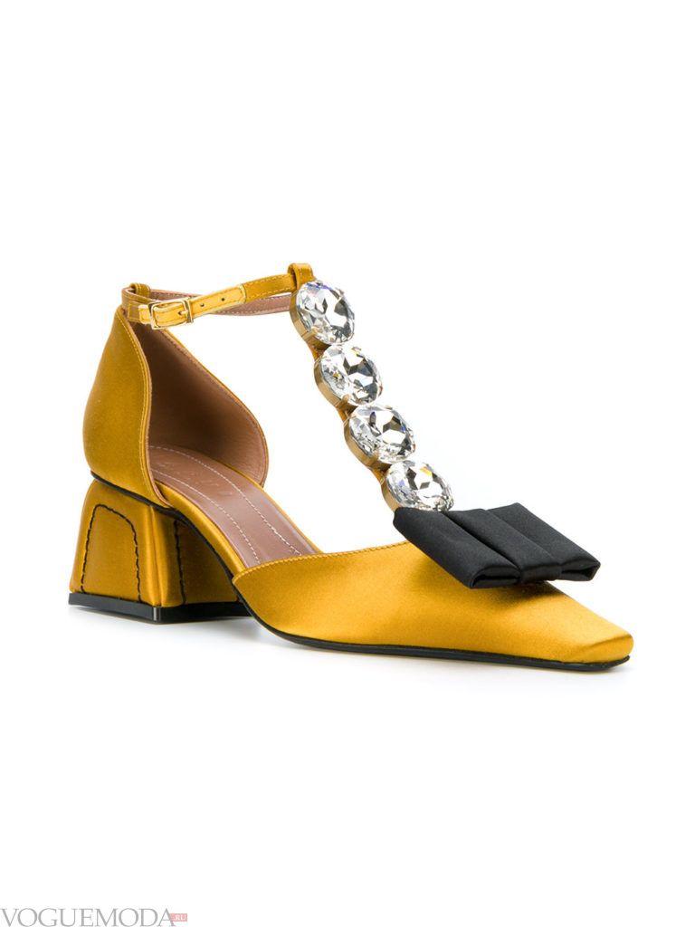 женские туфли на квадратном каблуке желтые