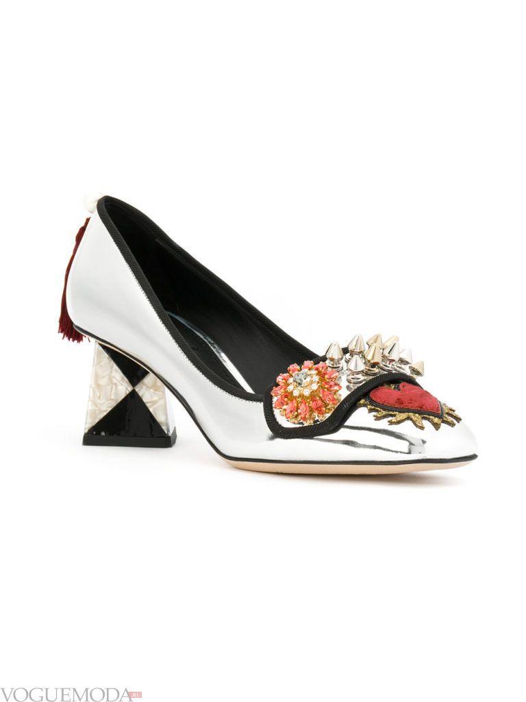 женские туфли на квадратном каблуке с декором