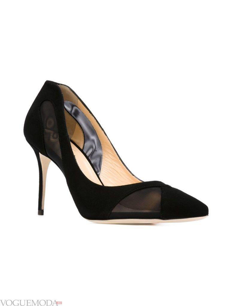 женские прозрачные темные туфли