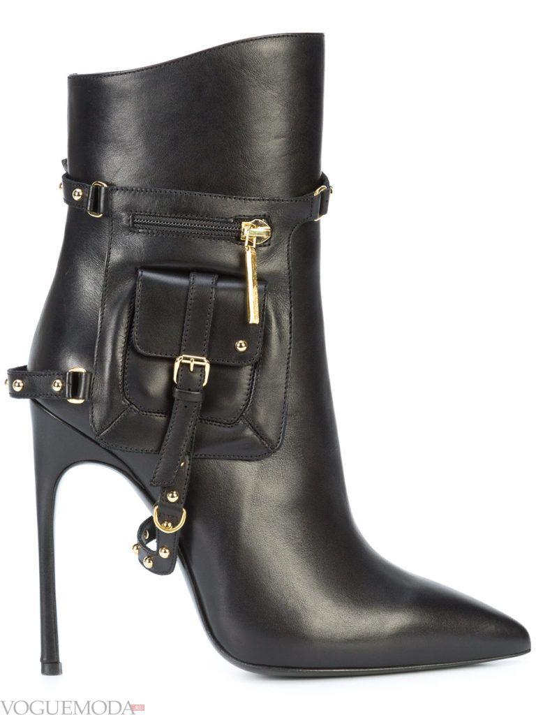 ботинки в стиле «Милитари» на шпильке