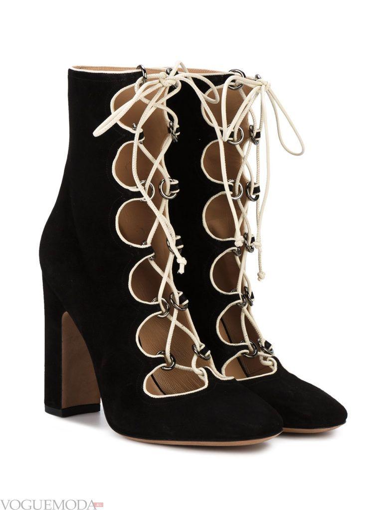 ботинки с плетением черные
