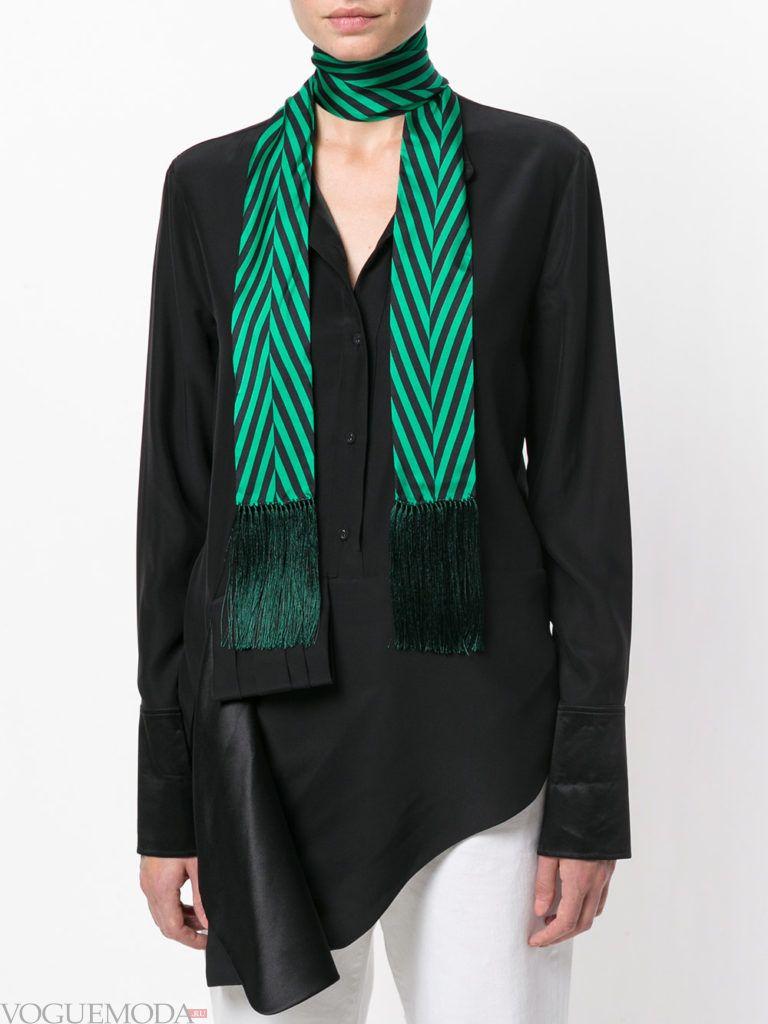 шарф с бахромой зеленый
