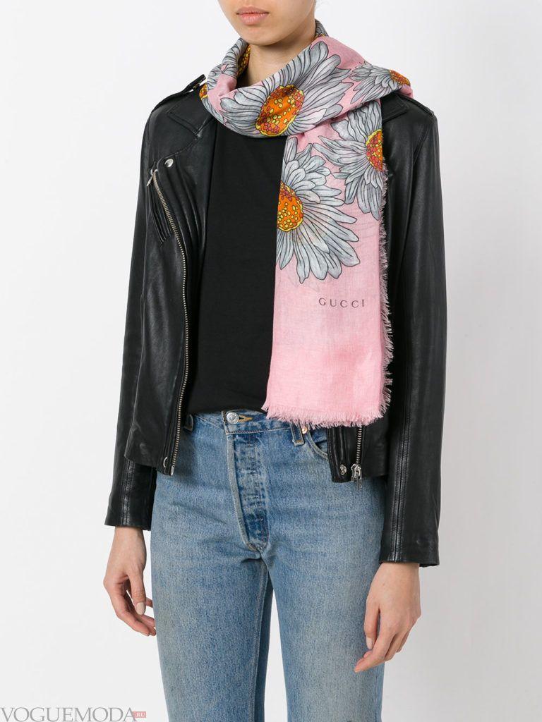 модный шарф с узором