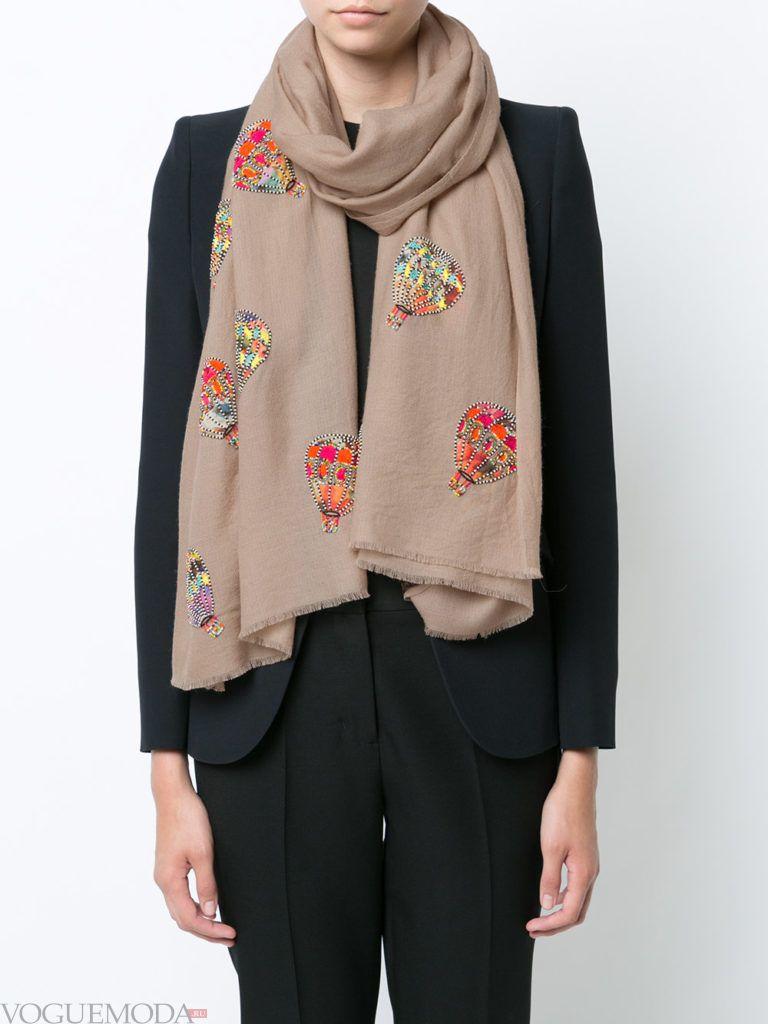 модный шарф мокко