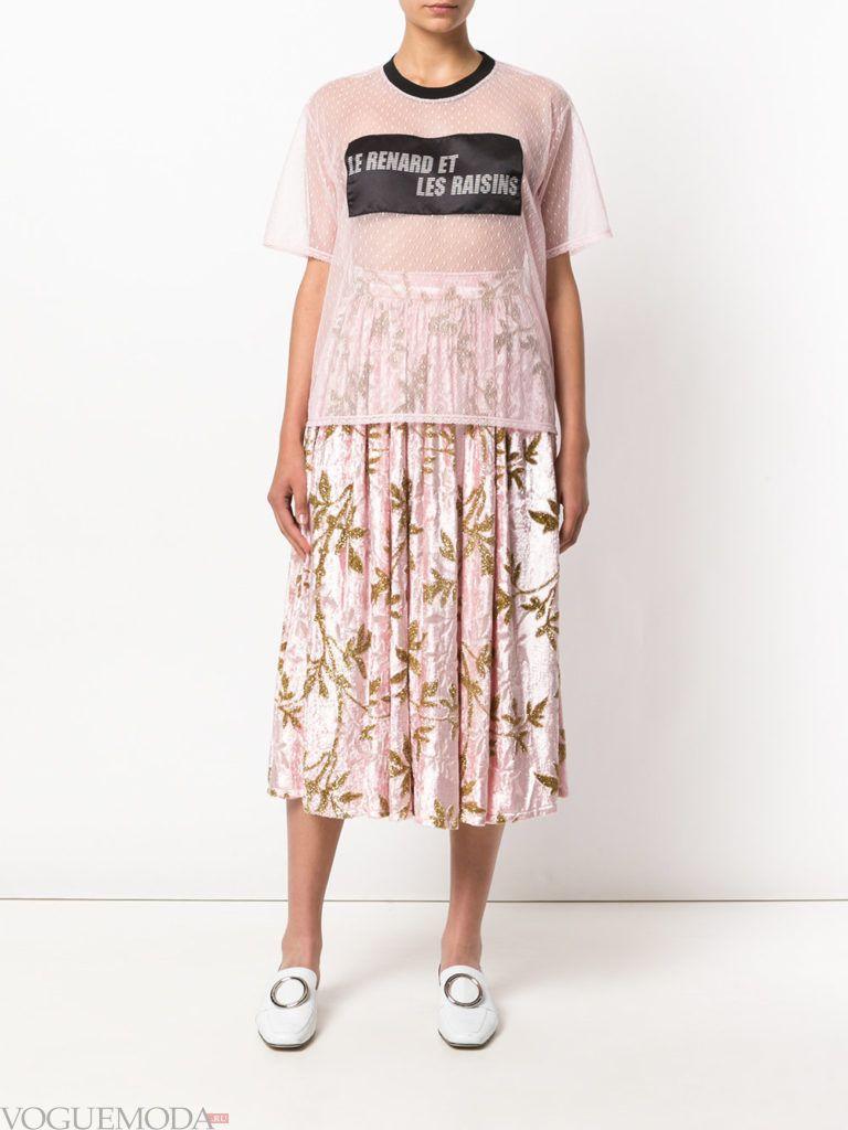 модный комплект бледно розового цвета