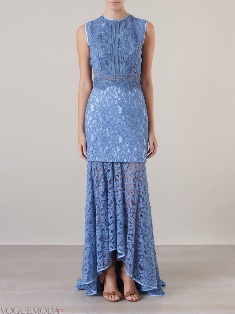 модное платье голубого цвета
