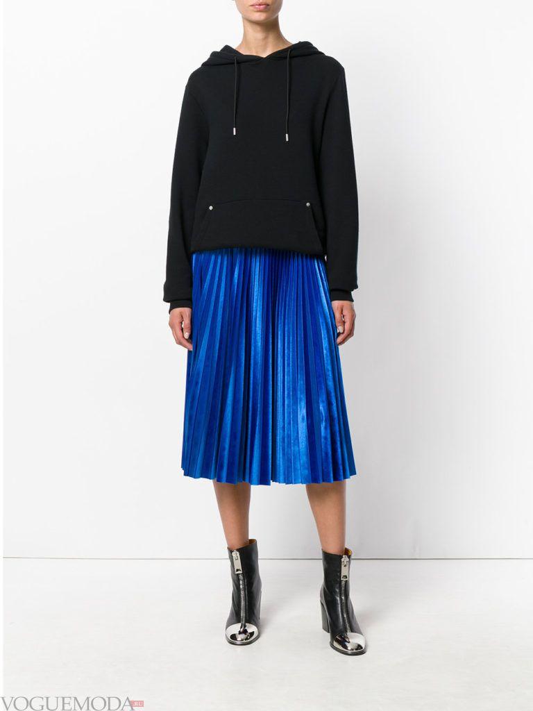 модная юбка синего цвета