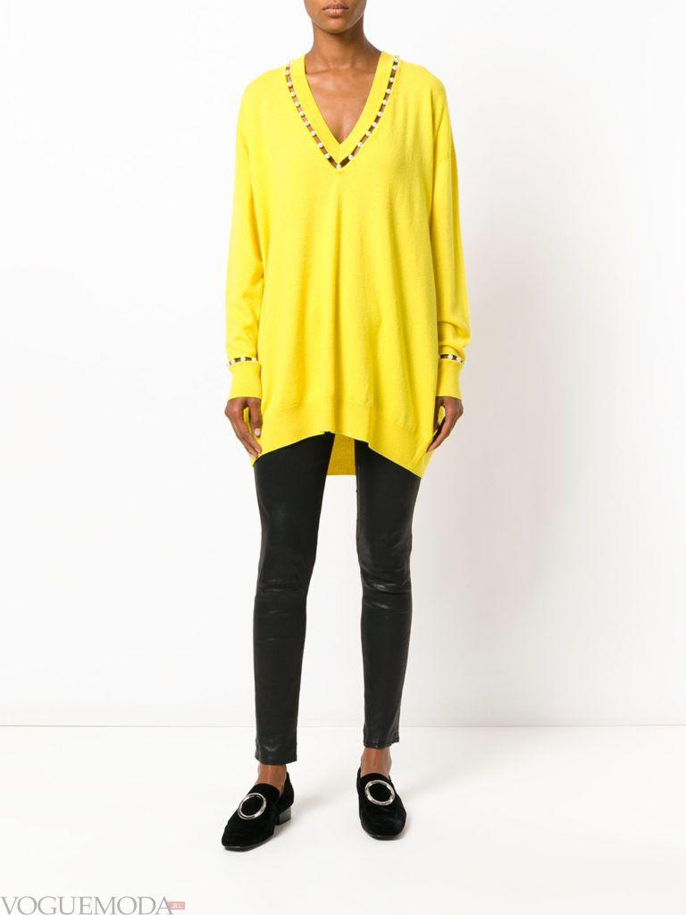 модный свитер желтого цвета