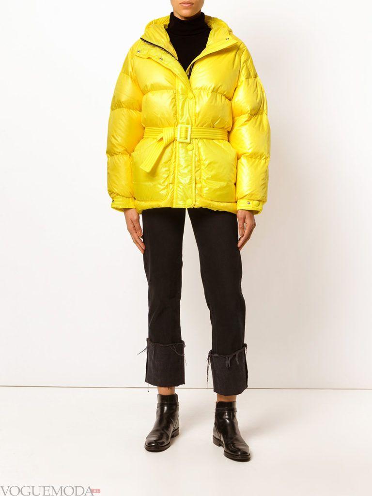 модная куртка желтого цвета