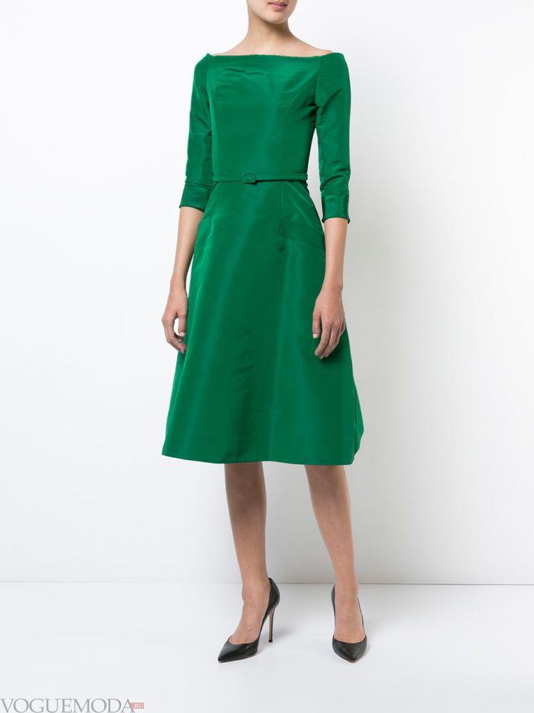 модное платье зеленого цвета
