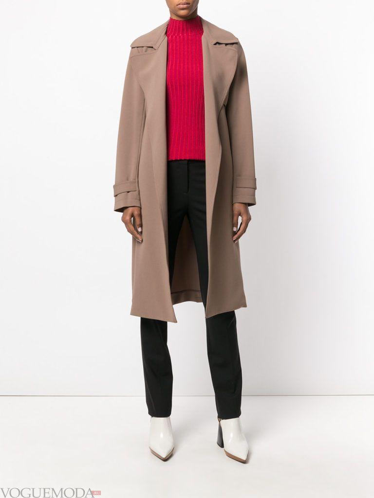 модное пальто цвета кофе со льдом