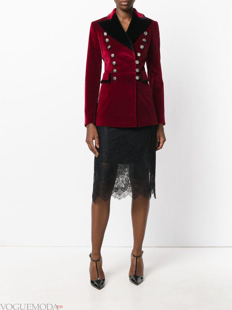 модный пиджак красного цвета