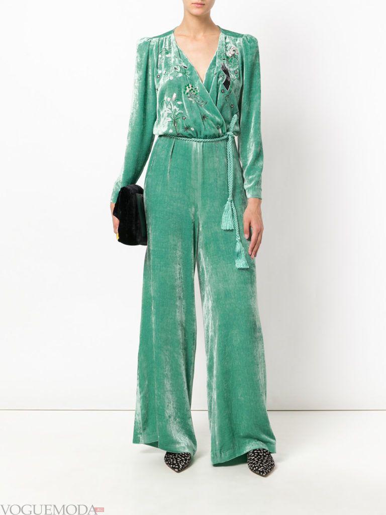 модный комбинезон зеленого цвета