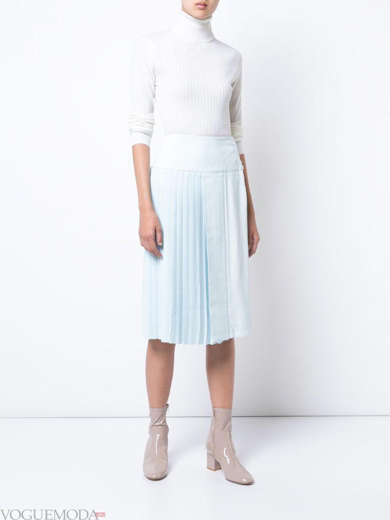 юбка клеш воздушного голубого цвета
