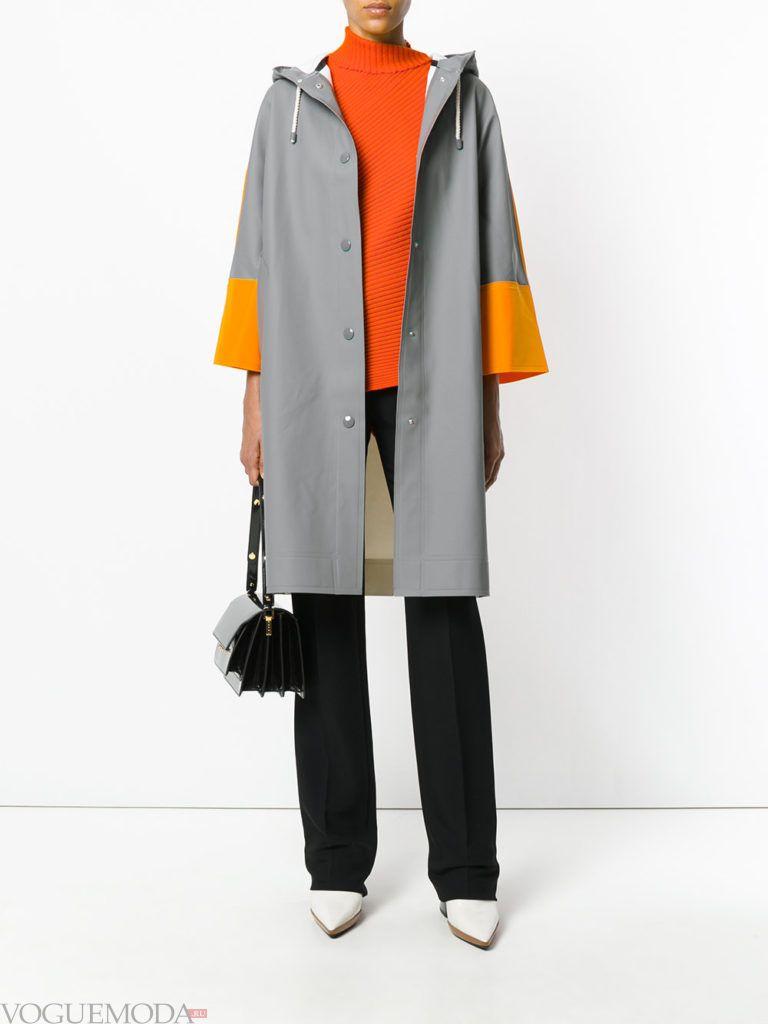 пальто цвета холодный серый