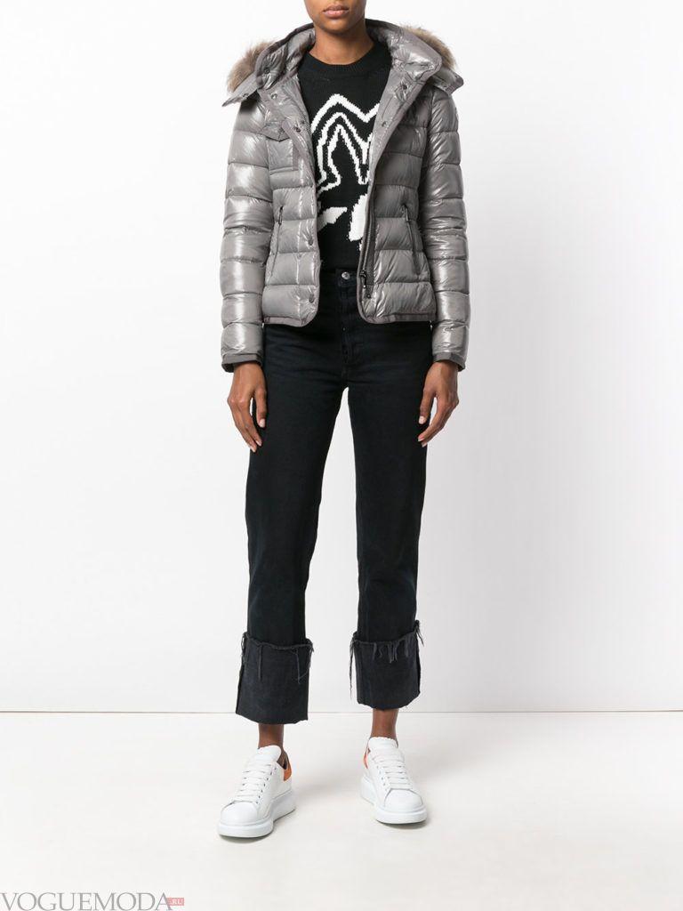 куртка цвета холодный серый