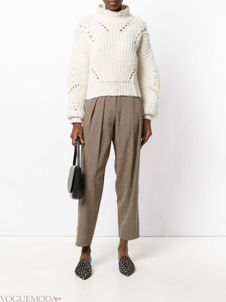 брюки цвета теплый серый