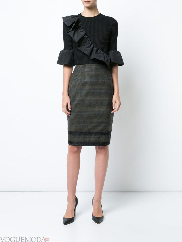 модный лук юбка в клетку серая