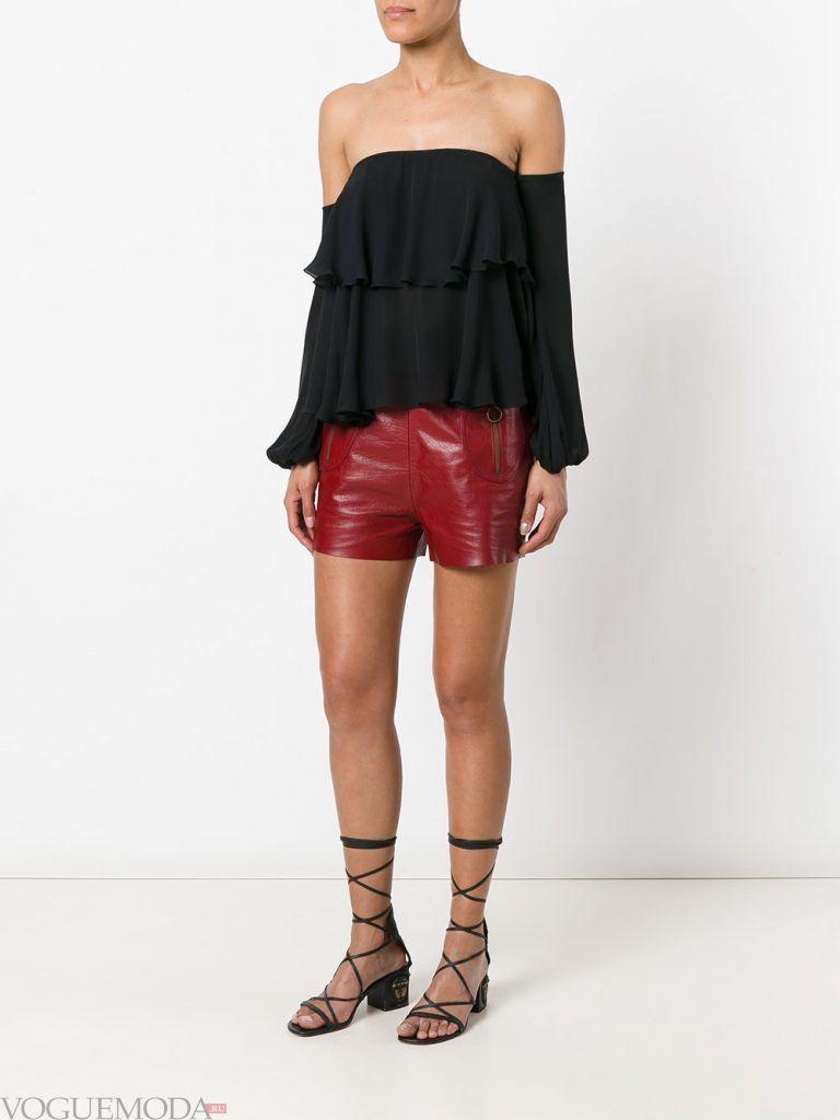кожаные шорты бордовые