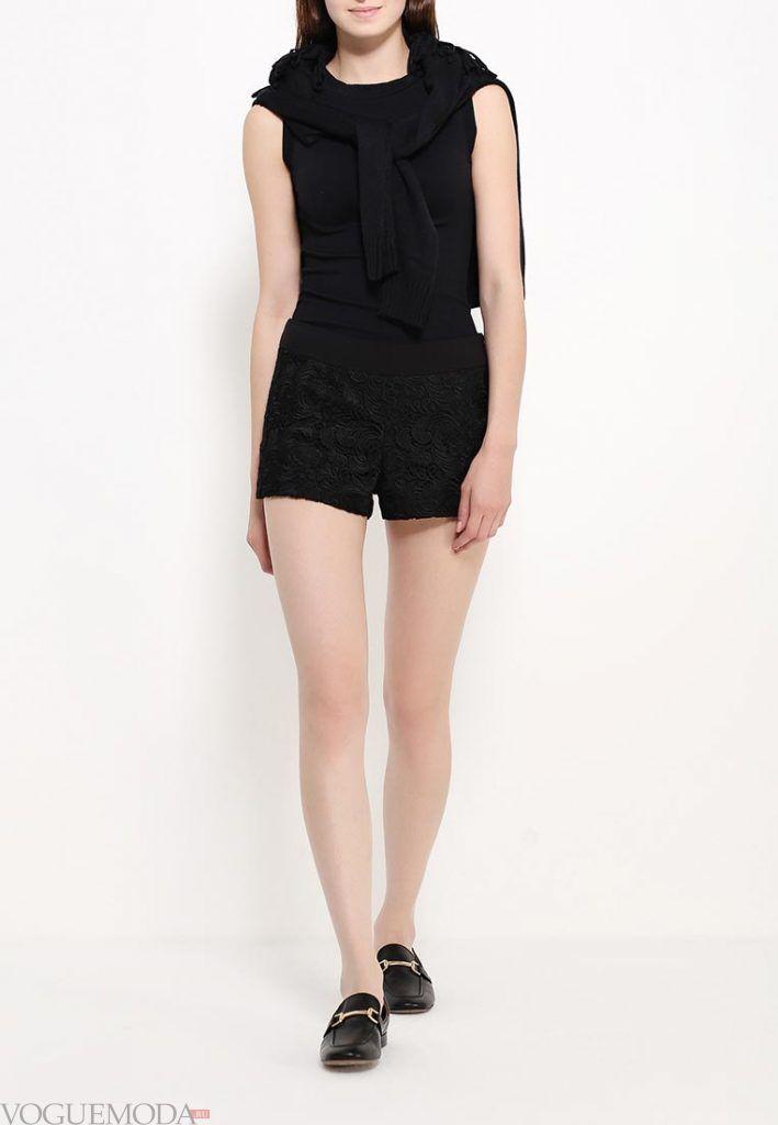 модные шорты черные