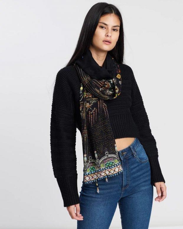 красивый черный шарф с узорами