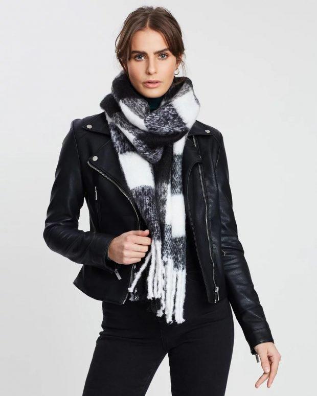 шарф белая клетка