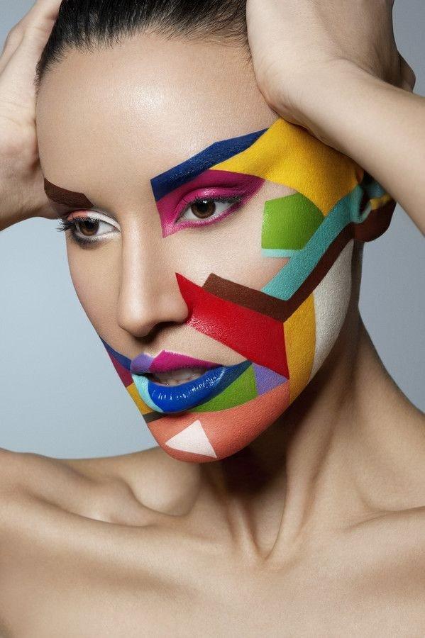 макияж глаз цвета радуги с рисунком