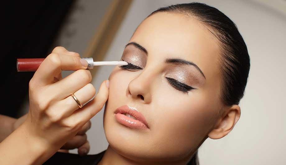 макияж глаз четкие линии темный