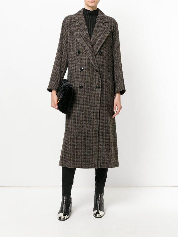 пальто в полоску темное