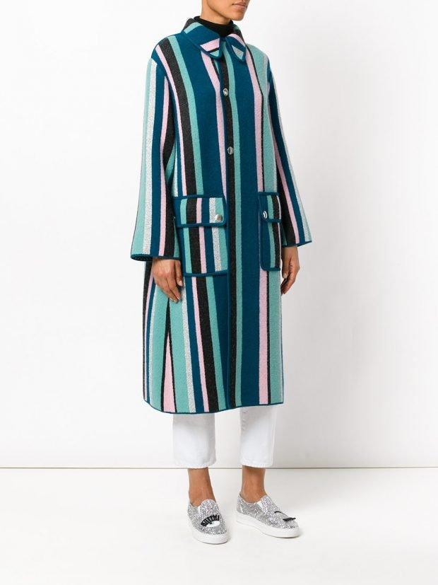 пальто в полоску разноцветное