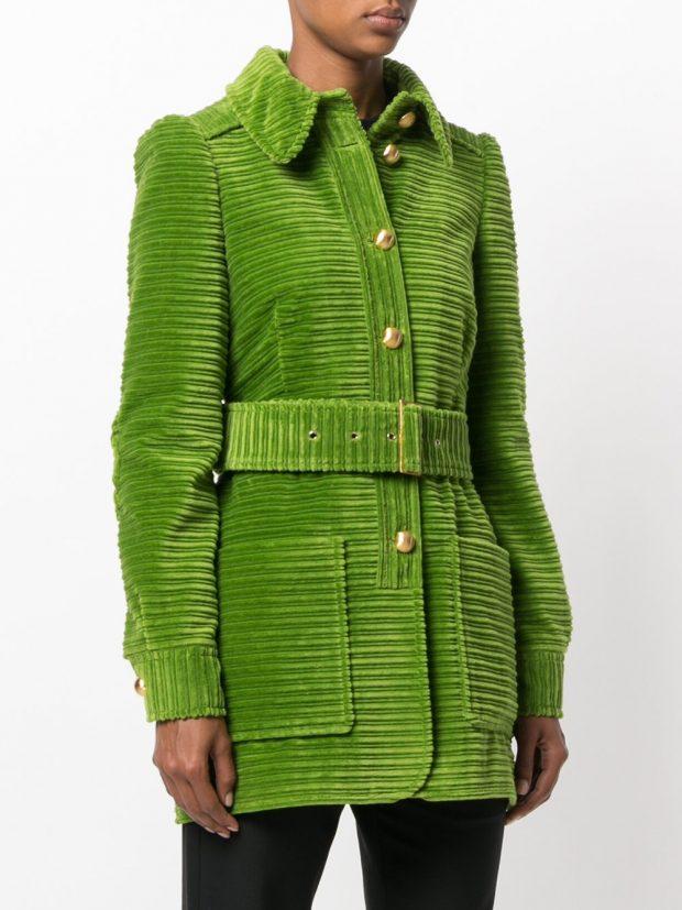 модное пальто зеленое