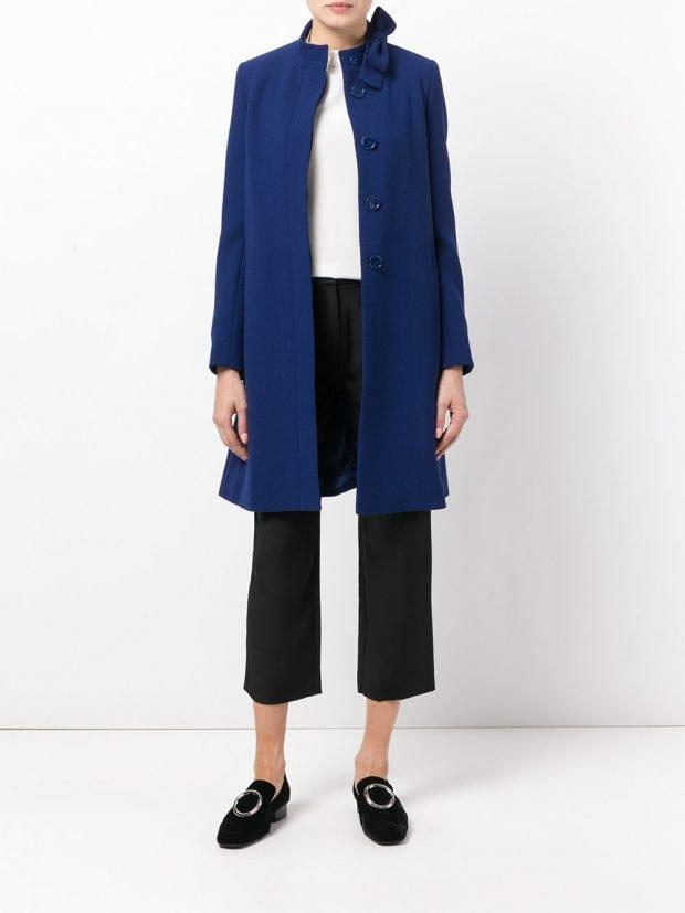 модное пальто синее