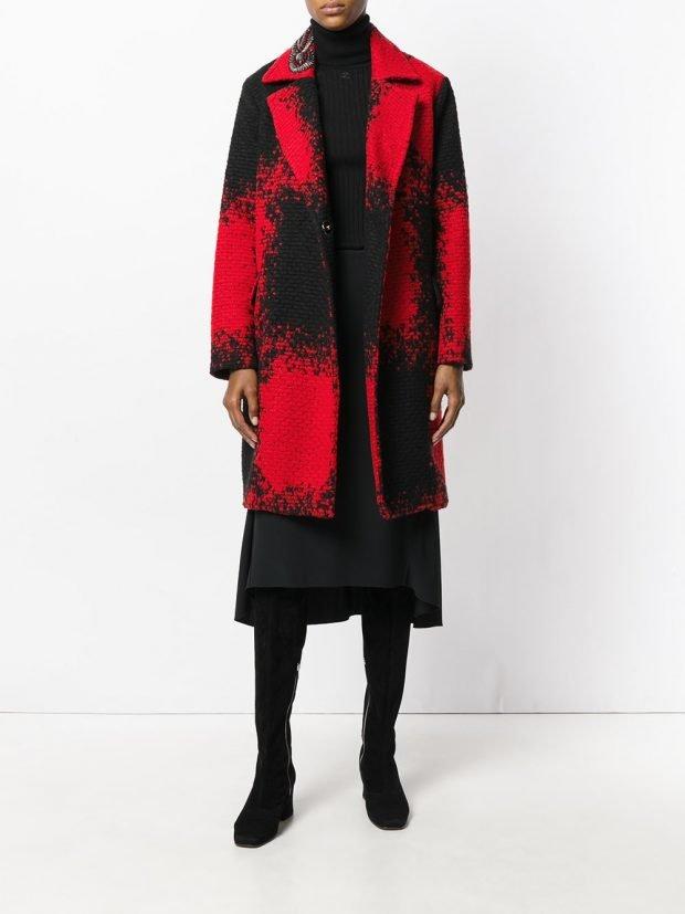 модное пальто двухцветное