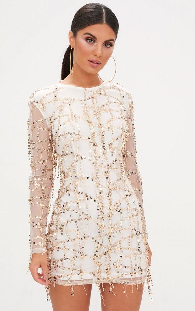 платья на выпускной 2019: белое короткое с блестками