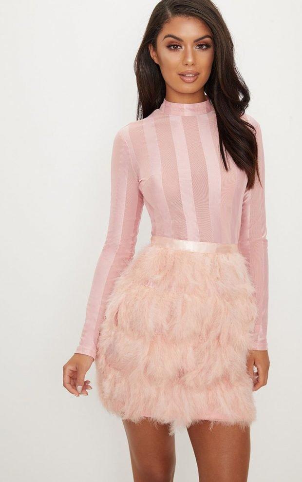нежно-розовое с полосами юбка мех