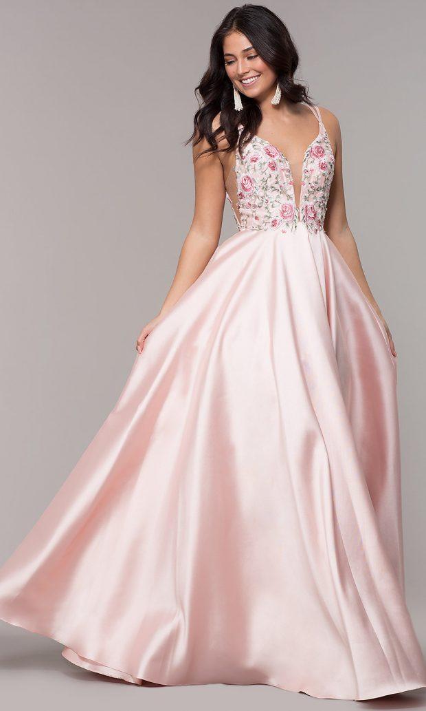 длинное розовое с узорами