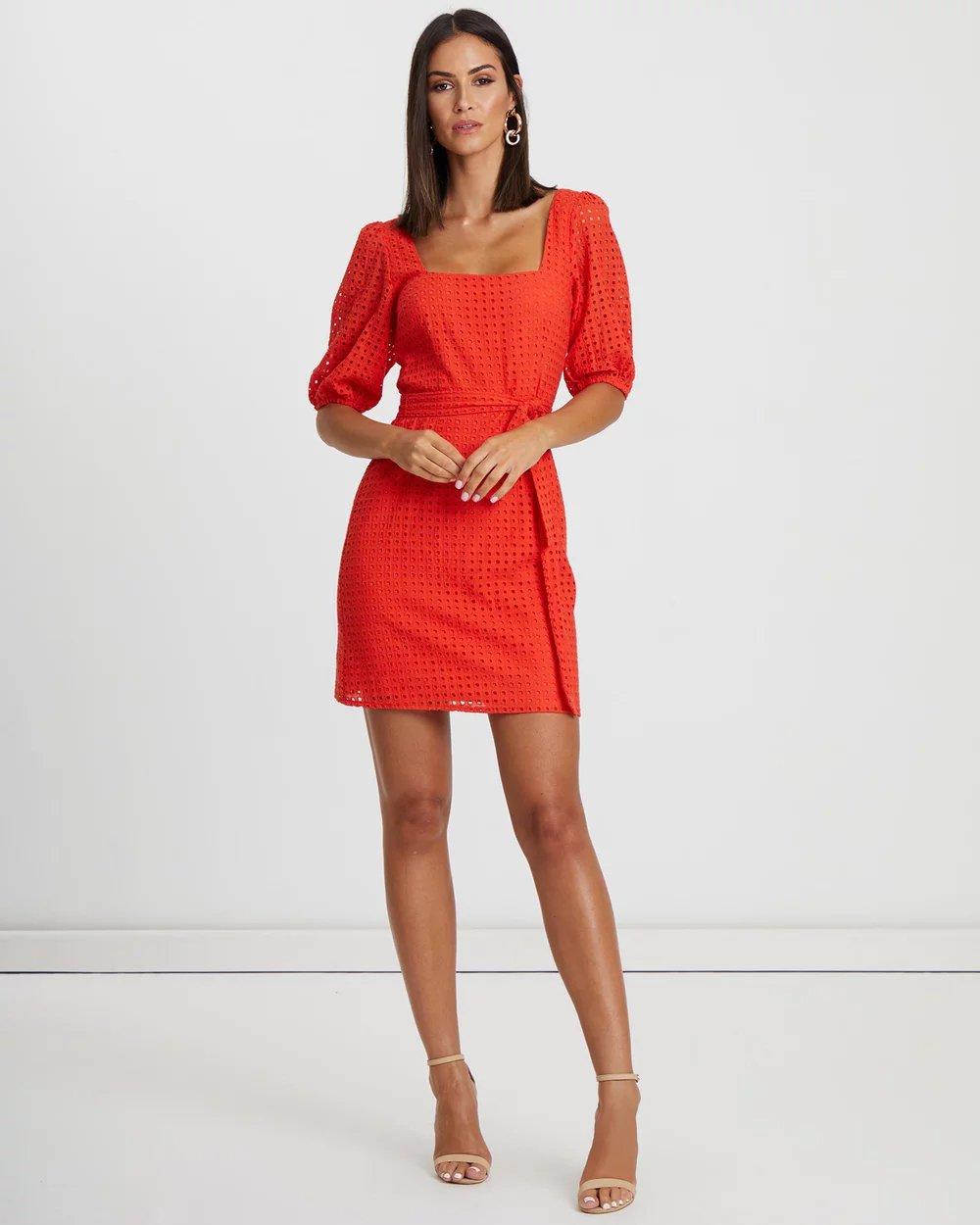 b1052ea575c0802 С чем носить коралловое платье фото 62 модных образа