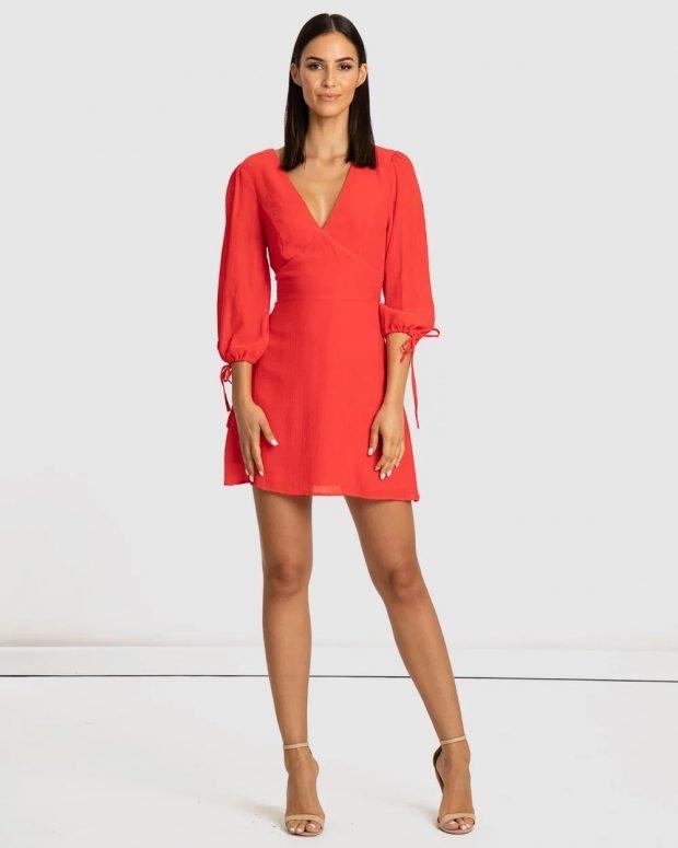 коралловое платье рукав со шнурком