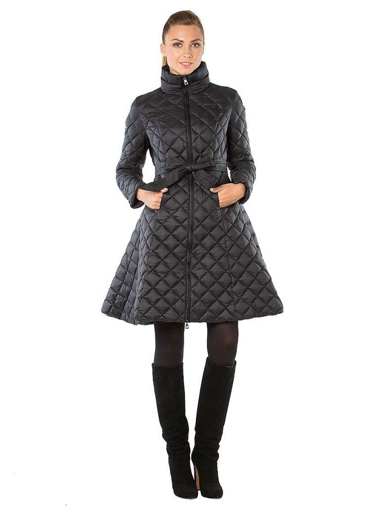 пуховик-платье длиной до колена черный