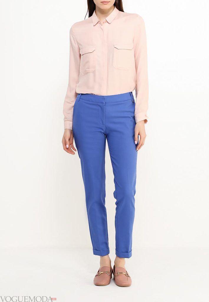 лук ярко синие брюки с розовой блузкой