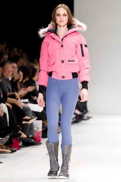 спортивный пуховик розовый